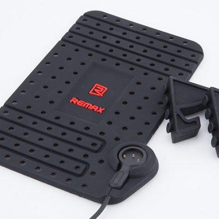 Remax-Car-Holder-Super-Flexible-a2
